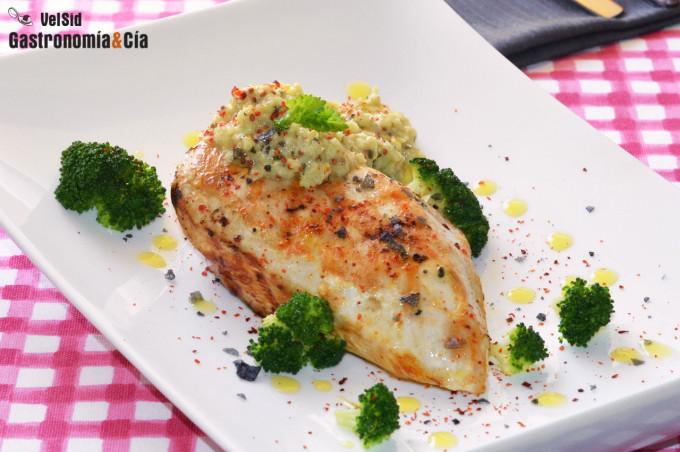 Pechuga de pollo a la parrilla con brócoli y su vinagre