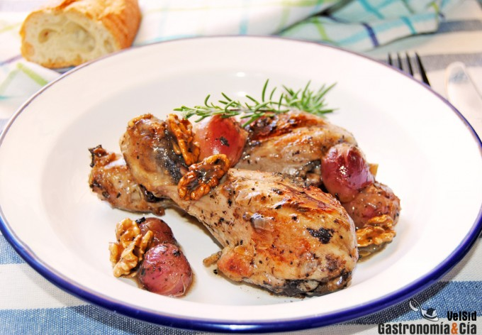 Receta de pollo a la cazuela con uvas