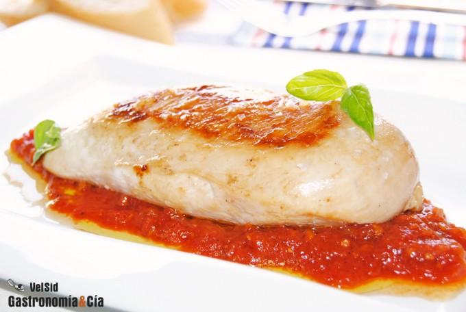 Pollo con compota de tomate y cornicabra
