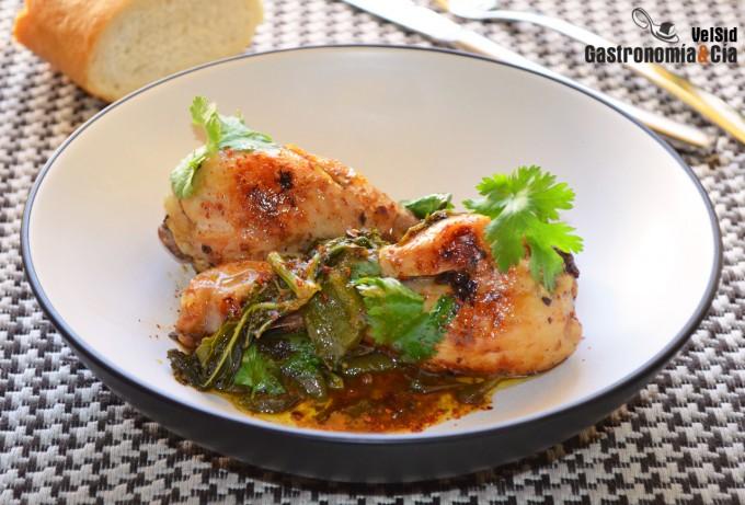 Cazuela de pollo con kale y pimientos