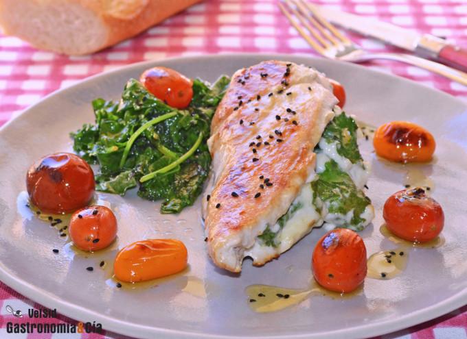 Pollo relleno de kale y salsa toum, una deliciosa form