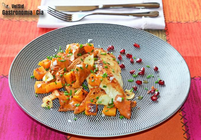 Pollo a la plancha con rebozuelos y calabaza