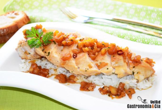 Pechuga de pollo a la plancha con salsa de piña