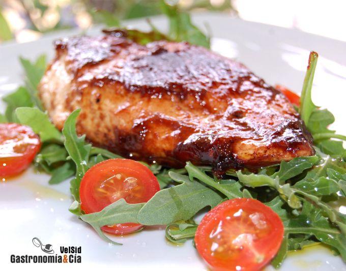 Pollo con glaseado de vino y tamarindo