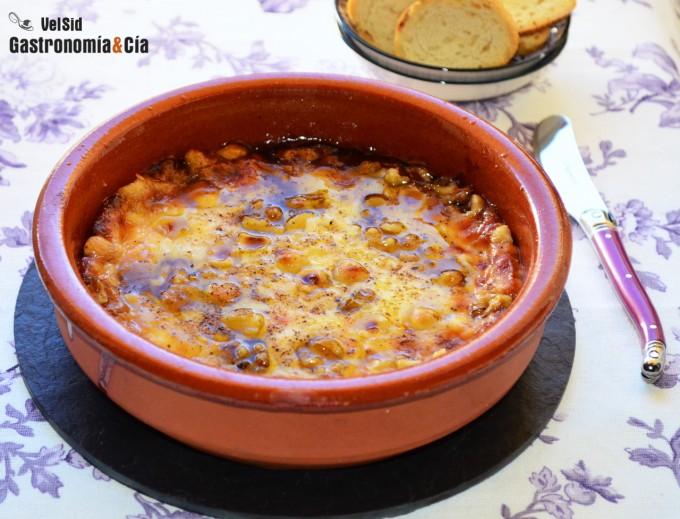 Provolone con mermelada de higos y frutos secos