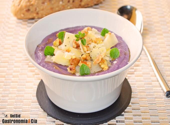 Puré de patata violeta y berenjena con queso