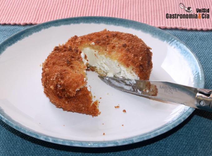 Cómo hacer queso de cabra rebozado