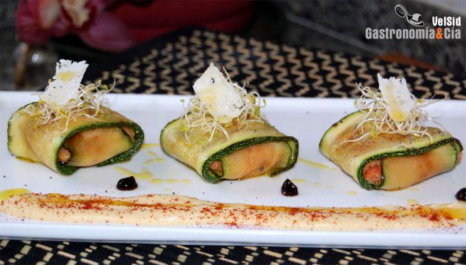 Raviolis de calabacín y longaniza fresca con hummus