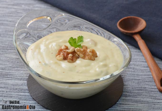 Receta de salsa de queso azul y nueces