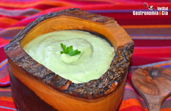 Salsa de aguacate, jengibre y leche de coco