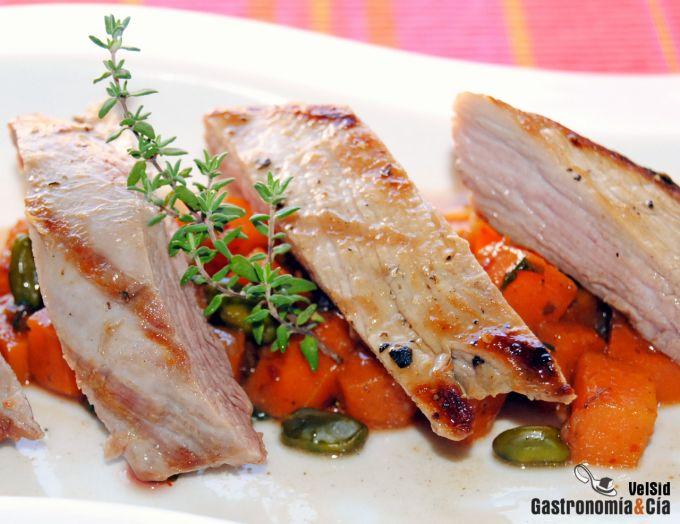 Secreto de cerdo con calabaza a las cinco pimientas