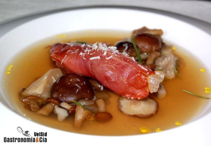 Sopa de setas y jamón