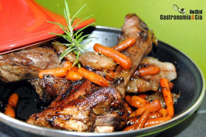 Tajine de cordero y zanahoria al romero