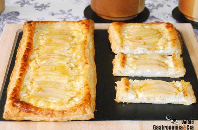 Receta con hojaldre de peras y queso