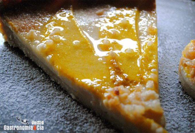 Tarta de queso y mango al amaretto