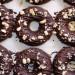 Donuts de remolacha y chocolate, veganos, saludables y
