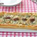 Hojaldre de endibias, pera y queso azul curado