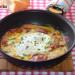 Huevos a la crema con pimientos del piquillo confitados