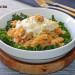 Pasta de lenteja roja con kale y salsa de queso azul