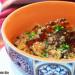 Quinua con shiitake, cebolla negra y esferas de soja