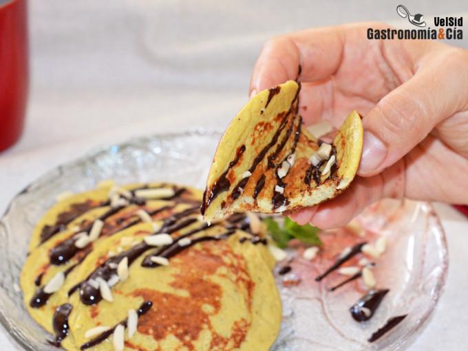 Tortitas de avena plátano y kiwi