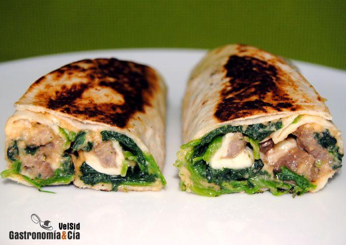 Tortillas rellenas de hummus, espinacas y ternera