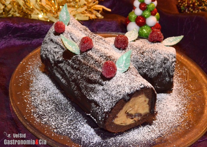 Tronco de Navidad de turrón de Jijona y chocolate