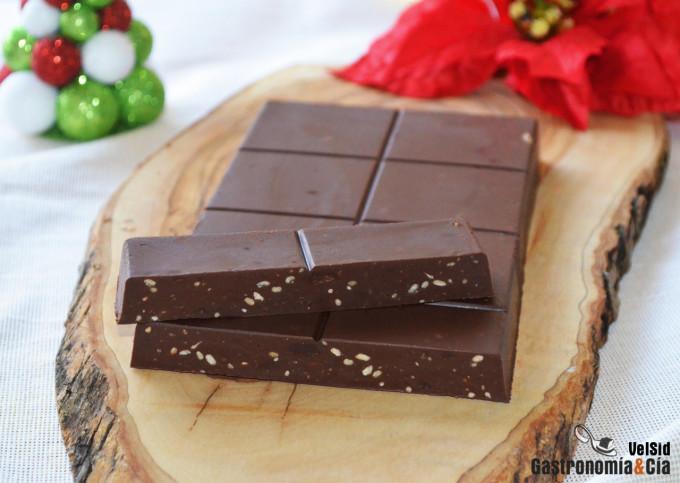 Turrón de chocolate y cacahuete crujiente
