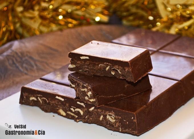 Turrón de Jijona, chocolate y barquillos
