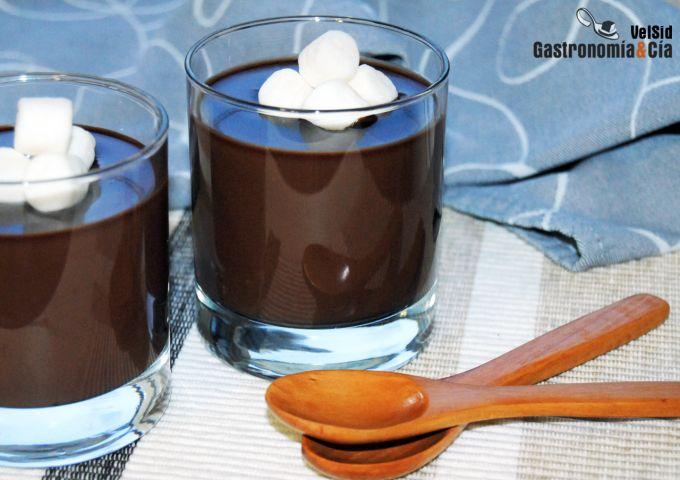 Crema de chocolate, moca y caramelo