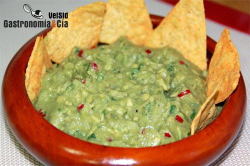 http://www.gastronomiaycia.com/wp-content/uploads/2008/02/guacamole_receta.jpg