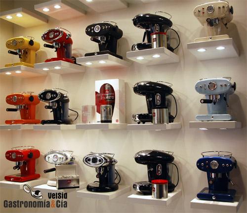 Illy caffe cafeteras express de dise o italiano l nea francis francis gastronom a c a - Cafetera illy ...