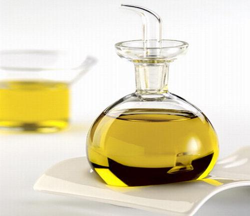 Aprobada la propuesta del aceite de oliva con etiquetas que muestren su verdadera procedencia