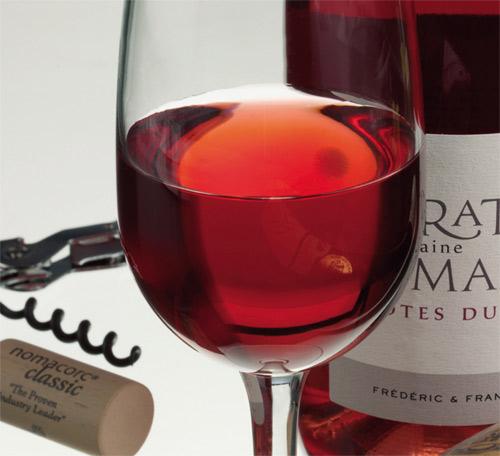 Vinos rosados mezclando tinto y blanco