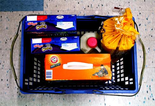 Canarias entregará alimentos a las familias necesitadas