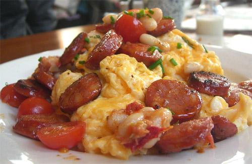Huevos Revueltos Gastronomía Cía