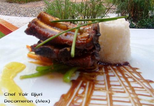 Costillas de cerdo al té con salsa agridulce
