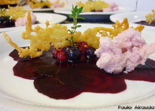 Carpaccio de remolacha y frutos rojos