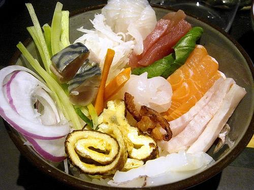 Sushi esparcido