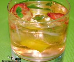 Gin Tonic con fresa