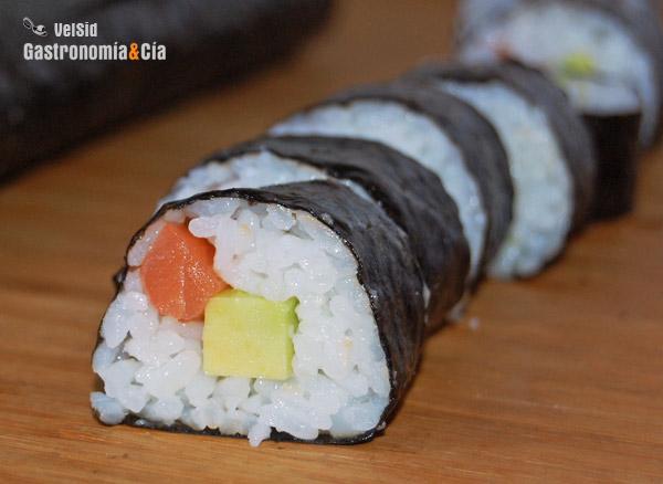 Recetas y salsas como preparar arroz para sushi www for Como hacer arroz para sushi
