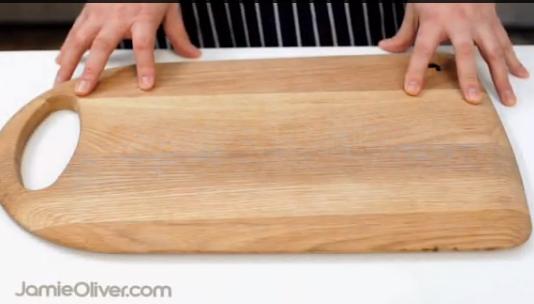 C mo asegurar la tabla de cortar gastronom a c a - Tabla de cortar ...