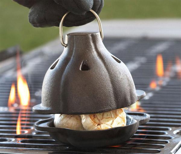 Asador de ajos de hierro fundido gastronom a c a for Horno de hierro fundido