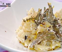 Pasta con alcachofas, requesón, tomillo y limón
