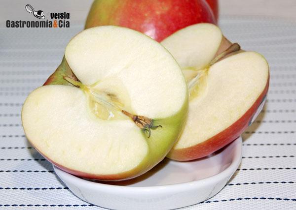 Cortar una manzana sin cuchillo