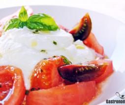 Receta de mozzarella y tomate con albahaca