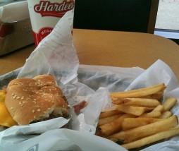 La iluminación y la música en restaurantes de fast food