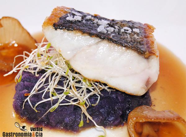 Piel de pescado crujiente