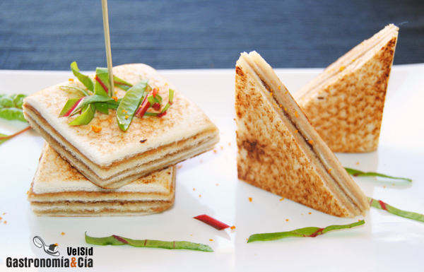 Canap s de foie gras de oca y salsa cumberland - Tapas frias originales ...