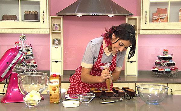 El cupcake perfecto de mano de alma obreg n gastronom a c a - Canal cocina alma obregon ...